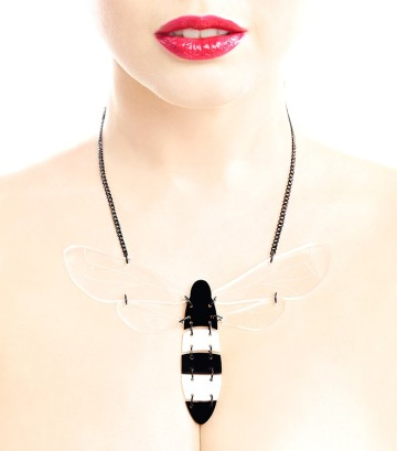 Dragofly oversized necklace