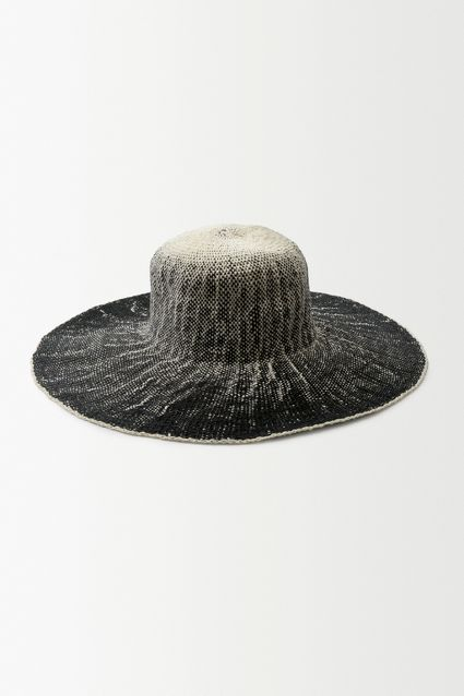 http://www.anthropologie.eu/anthro/product/7152252781133.jsp?cm_vc=SEARCH_RESULTS#/