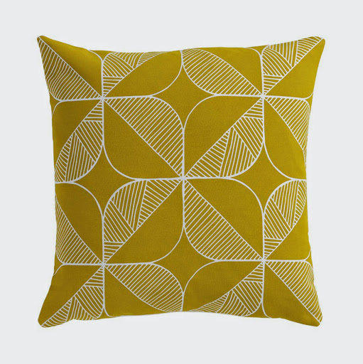 Sian Elin_cushion-rosette-yellow-web-2