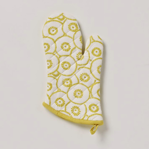West Elm_lemon slice oven mitt 4.19e