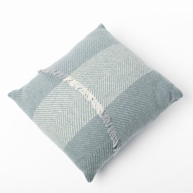 http://irishdesignshop.com/collections/cushendale/products/copy-of-wool-throw