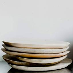 notonthehighstreet.com/thelivinglounge/product/handmade-wooden-plates