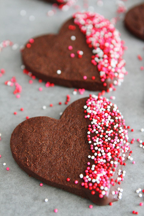 Chocolate-Shortbread-Heart-Cookies-5